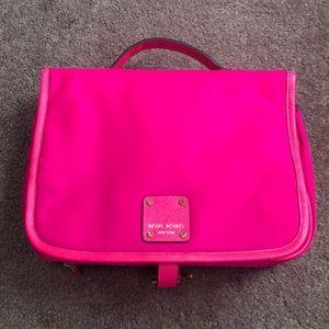 Henri Bendel Hot Pink Hanging Makeup Bag